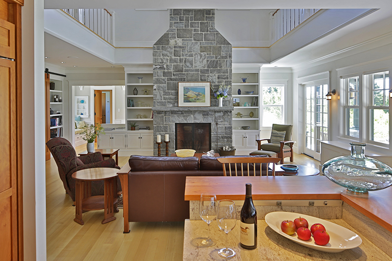 Interior design of Cushing, Maine home by Phelps Architects.