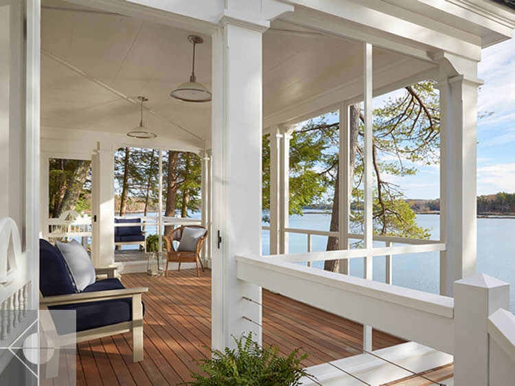 Deck in cottage in Edgecomb, Maine by Phelps Architects